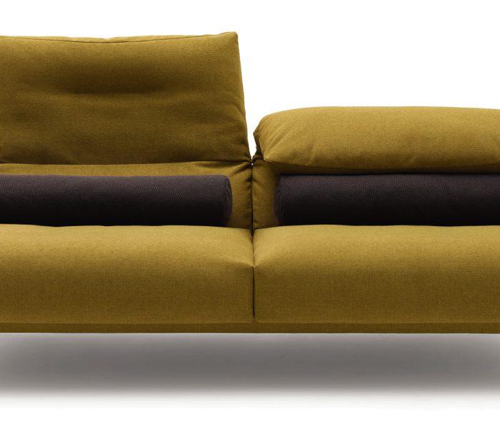 Mit der Serie Avalanche adressiert COR die Tendenz im Interior Design zu offenen, flexiblen Wohnkonzepten – dem Leben in Zonen, statt definierten Räumen.