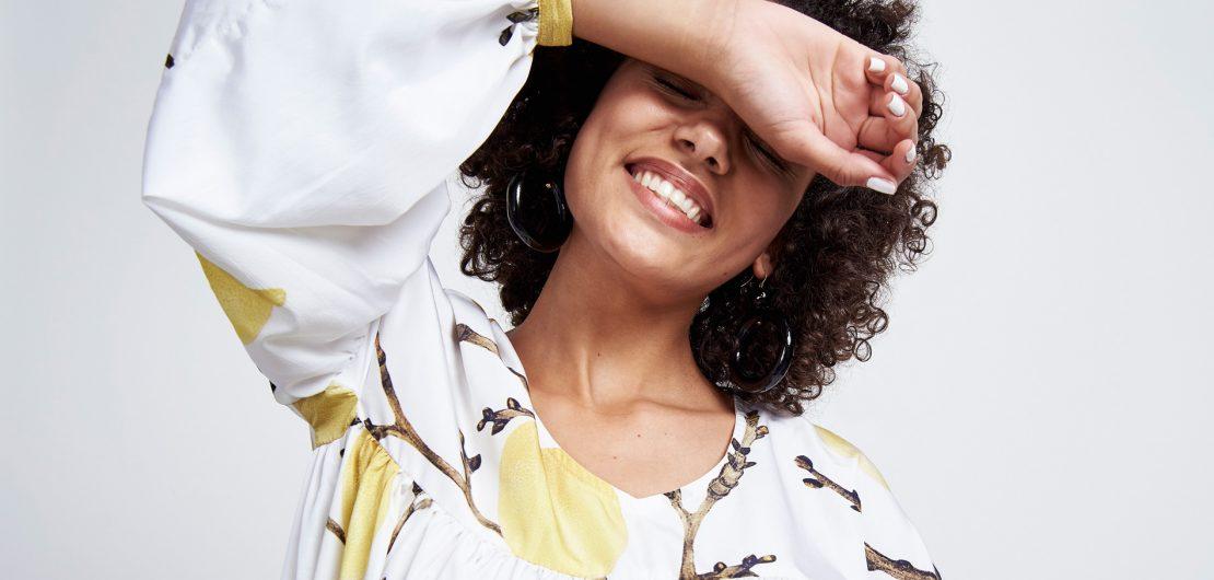 Gegründet mithilfe von Crowd-Funding im Jahre 2014 ist die fair produzierte und vegane Kleidung von JAN 'N JUNE mittlerweile europaweit erhältlich.