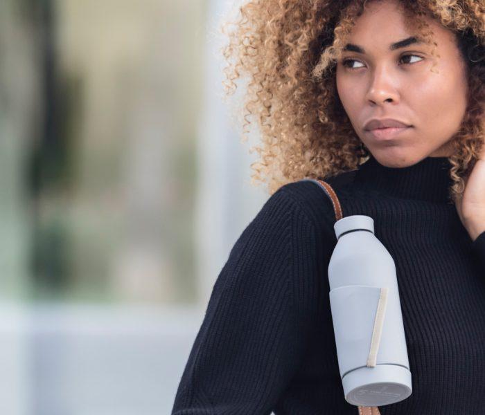 Pro Minute werden weltweit über 1 Mio. Plastikflaschen verkauft. Die meisten enden auf Deponien oder im Meer. Die Closca Bottle ist eine smarte Alternative.