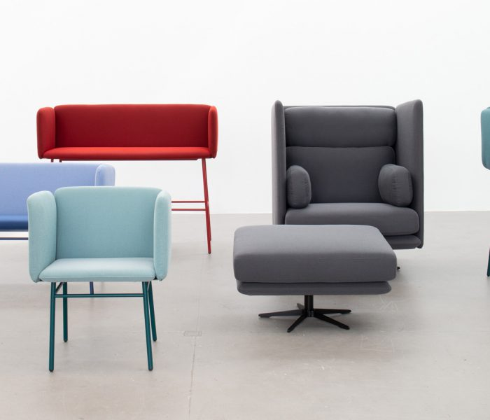 In typischer Cubit-Manier bietet das neue modulare Stuhlsystem unbegrenzte Möglichkeiten durch das individuelle Kombinieren der Grundelemente.