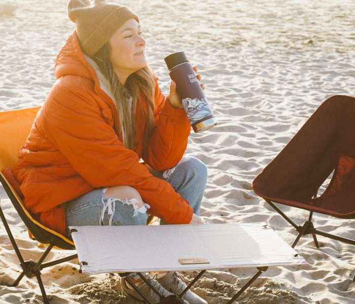 Outdoormöbel von Helinox sind extrem leicht und kompakt – und so bequem, dass sie auch im Indoor-Bereich immer beliebter werden.