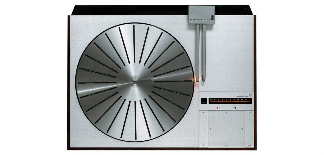 Als Teil der Classics-Initiative legt Bang & Olufsen den legendären Plattenspieler Beogram 4000c neu auf – als limitierte Serie überholter Gebrauchtgeräte.