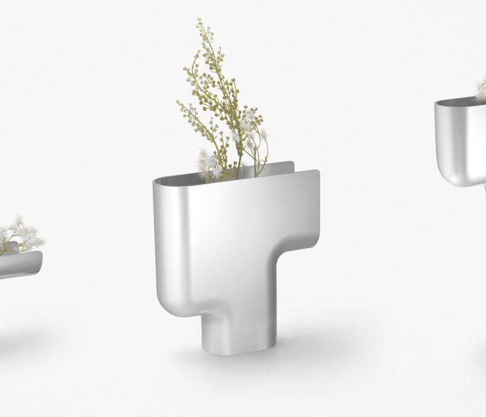 Für die neuen Mizuki-Vasen hat Oki Sato, Chefdesigner des Labels Nendo, für Georg Jensen japanischen Minimalismus auf perfekte Weise mit der einzigartigen Designsprache der Dänen kombiniert.