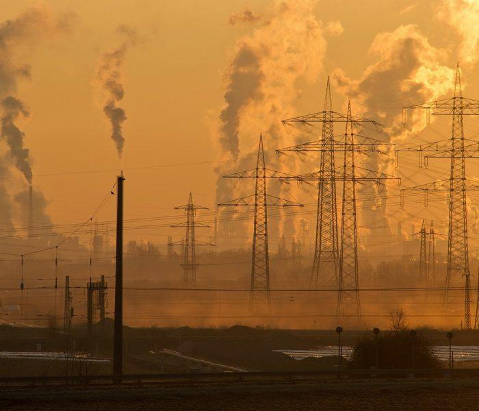 Die hierzulande jährlich verpuffende industrielle Abwärme entspricht dem Energieverbrauch Dänemarks. Bipolymere könnten sie günstig in Strom umwandeln.